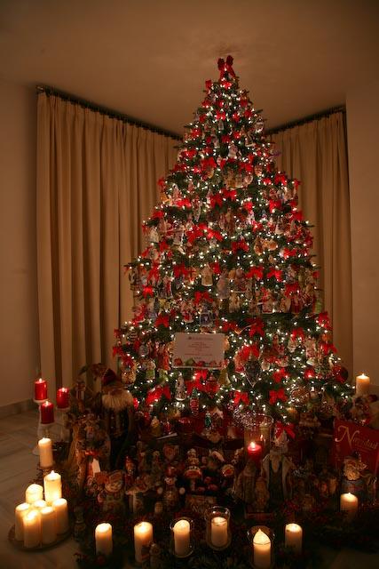 Como decorar arboles de navidad de diferentes colores - Arboles de navidad colores ...