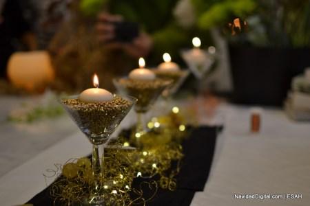 Especial taller decor arte decorando la mesa por navidad for Adornos navidenos con copas y velas