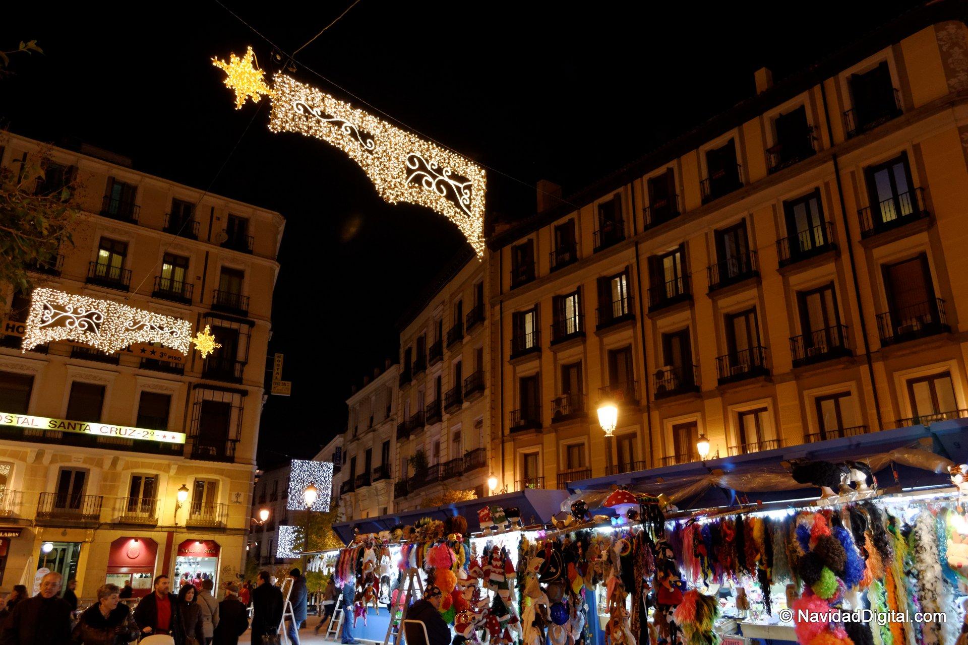 Fotos mercadillos navidad 2013 viajar a madrid auto - Mercadillo antiguedades madrid ...