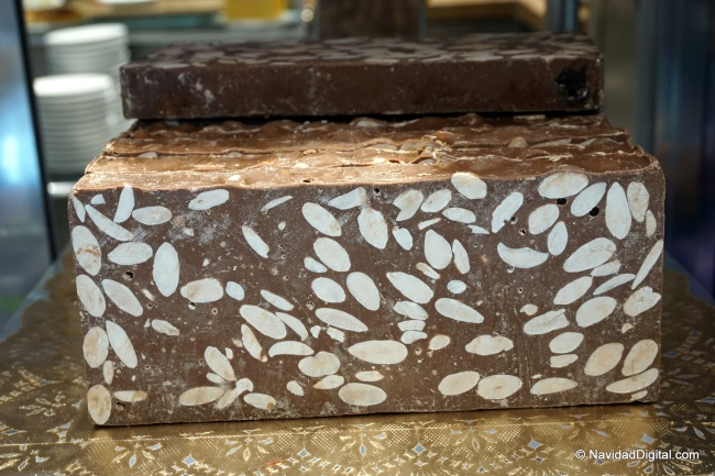 tableta-turron-chocolate