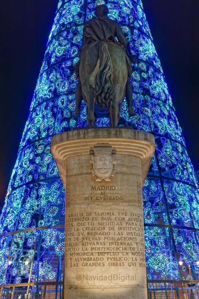 estatua-ecuestre-madrid-navidad-2016-sol.jpg